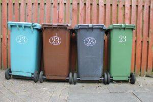 4色のゴミ箱
